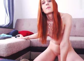 Ginger-haired Sweetheart  Off Online