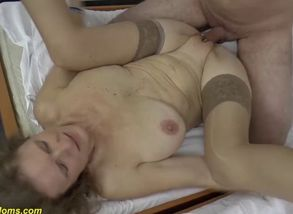 mommy gives a huge innate titjob