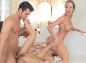 Damsel biotch and stepmom  3some..