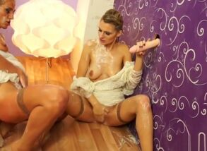 Girly-girl gloryhole brides bukkakke..