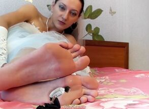 Giantess bride soles